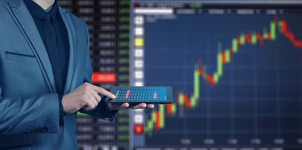 Forex Trading Reviews, What is the difference between stock trading and stock index futures trading?